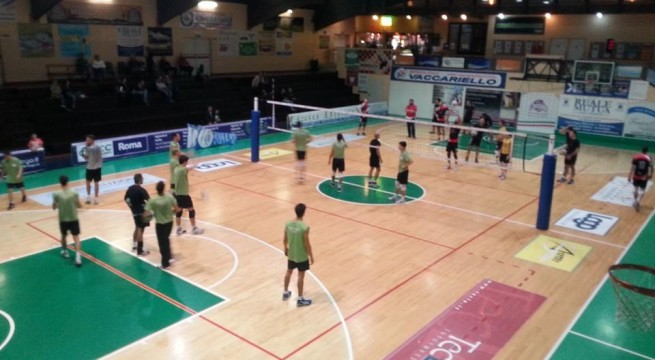 Nella foto il prepartita Roma Volley-Invicta Volleyball