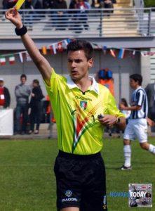 Croce, arbitro di Novara (immagine tratta da: www.novaratoday.it)
