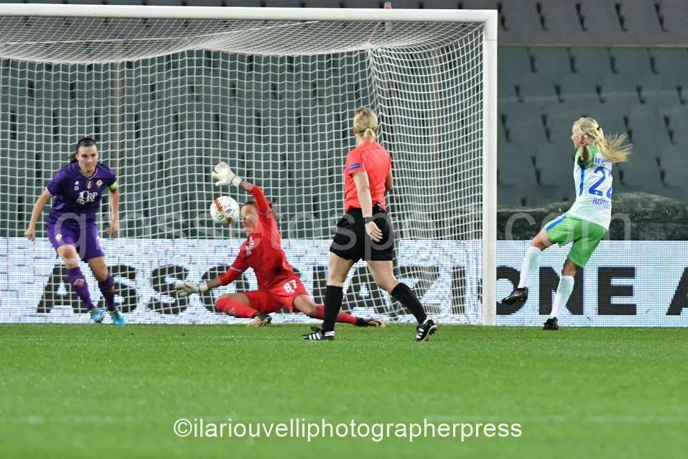 Fiorentina women's vs Wolfsburg (52)
