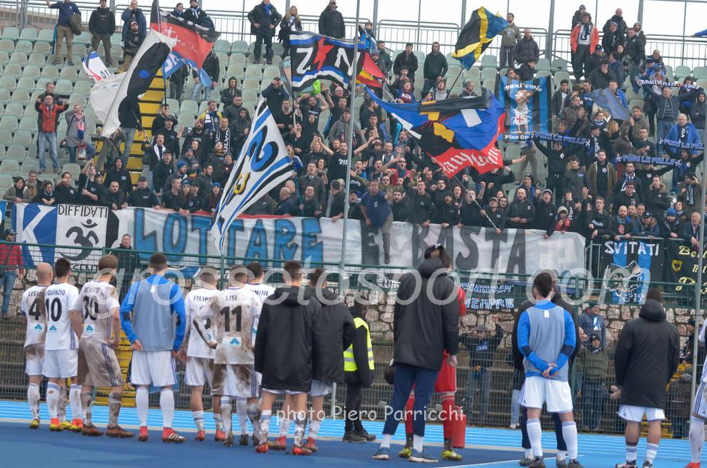 Tifosi del Pisa a Grosseto