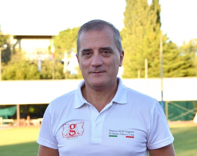lugi ferraro allenatore grosseto volley school