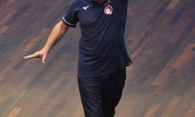 Coach Stefano Spina in un momento della gara
