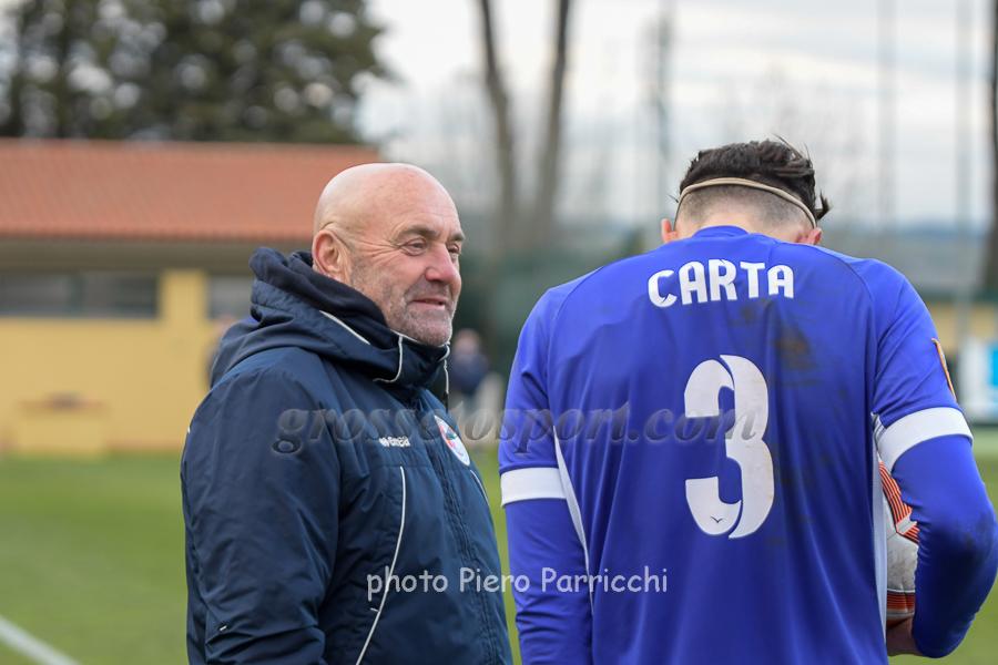Mister Favarin parla con Carta dell'Ostiamare, autore del gol ospite