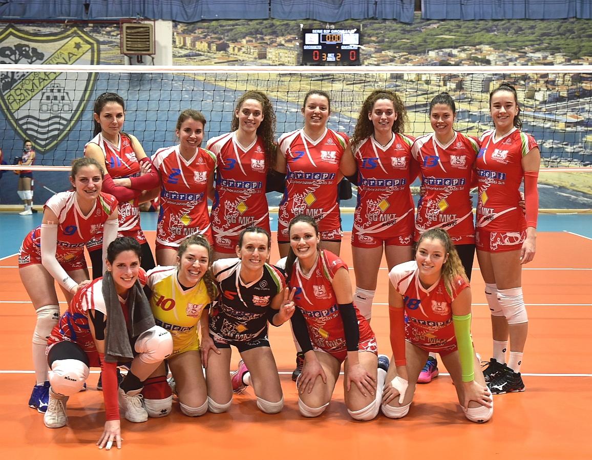 grosseto-volley-school-squadra-dopo-vittoria-contro-civitavecchia-06-febbraio-