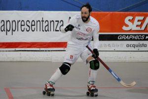 hockey-pista-circolo-pattinaotri-grosseto-Alice-serie-B-giocatori-Salerno-giocatore-nerozzi.j