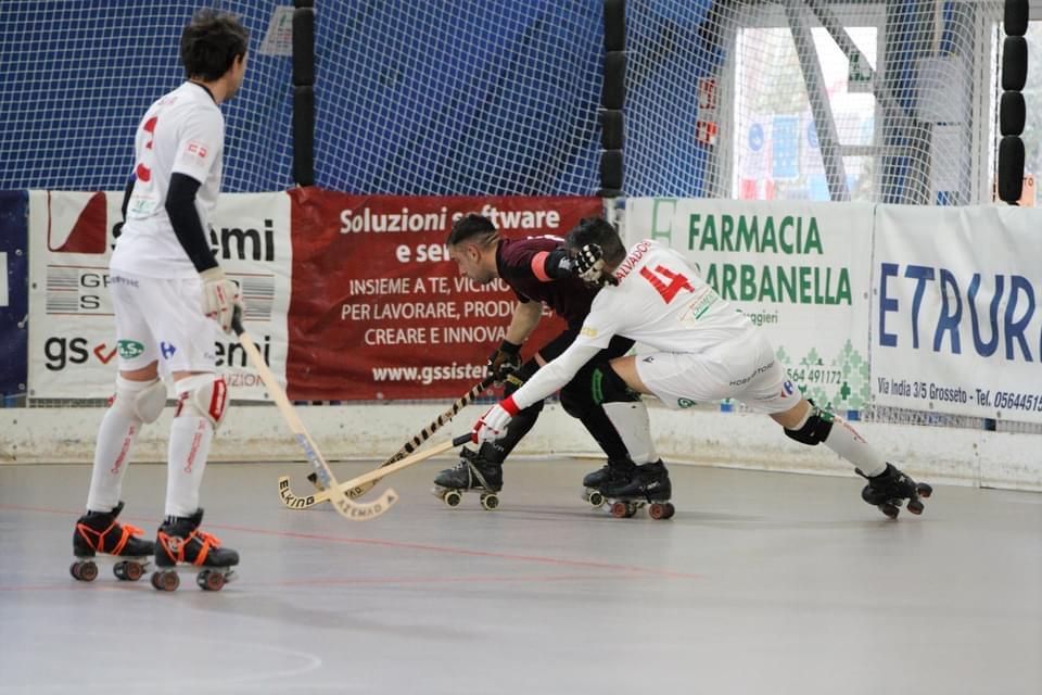 hockey-pista-circolo-pattinatori-grosseto-serie-B-Alice-Salerno-giocatori-Sabetta-e-Salvadori.j