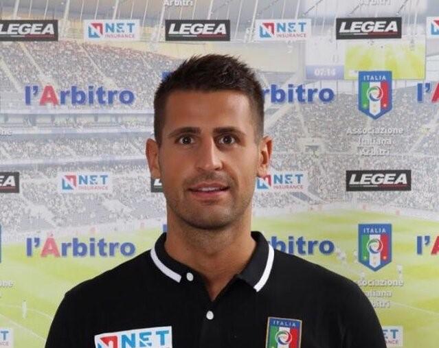 L'arbitro Daniele Perenzoni di Rovereto