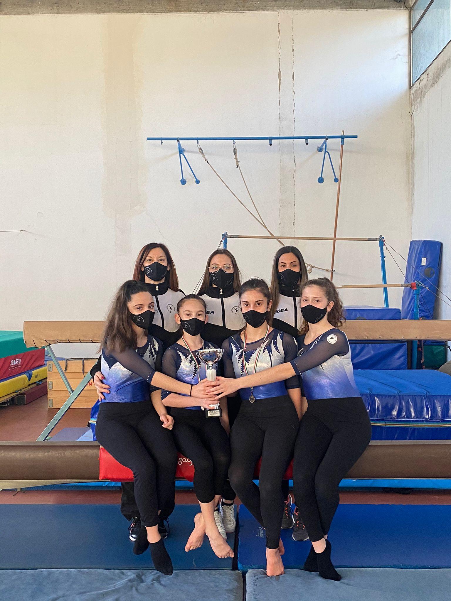 ginnastica-artistica-squadra-polisportiva-barbanella-uno-di-2^-division