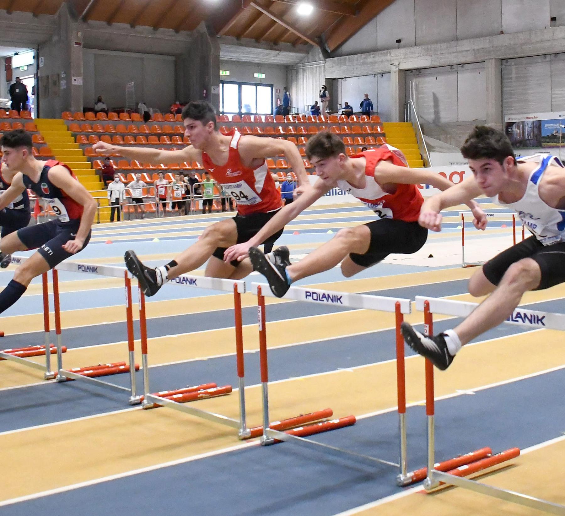 atletica-Romeo-Monaci-nei-110-ostacoli.