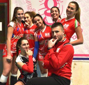 grosseto-volley-marina-allenatore-enrico-ferrari-e-giocatrici