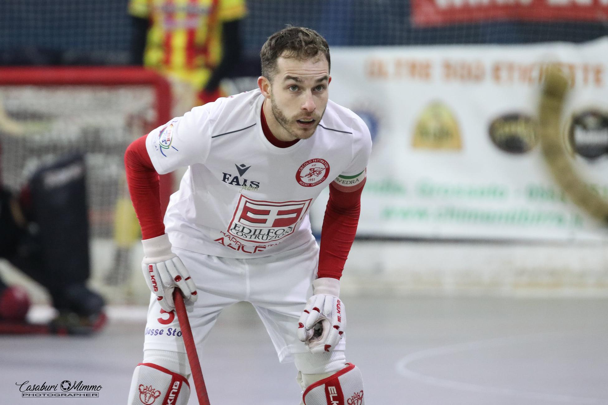 hockey-pista-serie-A-circolo-pattinatori-grosseto-partita-Edilfox-Bassano-giocatore-Saavedra
